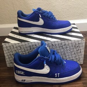 Selling Air Force one Orlando magic for $30